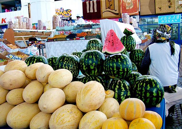 144101_31-turkmenistan-market