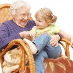 Vaša návšteva babičky jej môže predĺžiť život