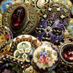 O magickej úlohe gombíkov našich predkov