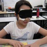 Čínske deti trénujú čítanie bez očí